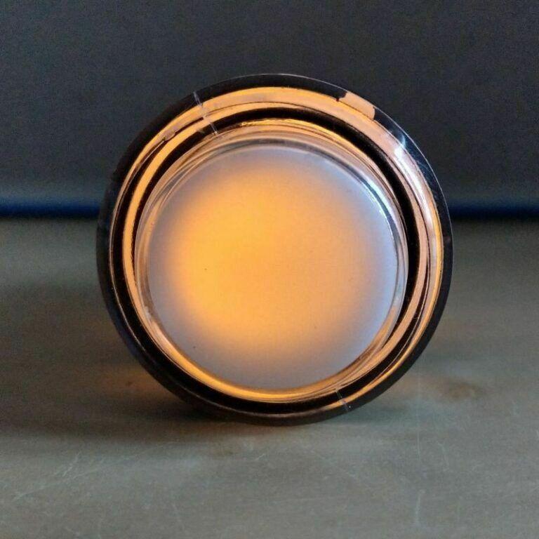 Gelber Button