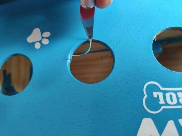 Feinarbeit zum Einbau des Buttons