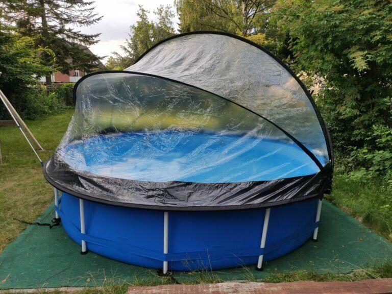 Pool mit Dach